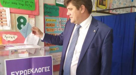 Στον Βόλο ψήφισε ο υπ. ευρωβουλευτής Γιώργος Ξηραδάκης [εικόνες]