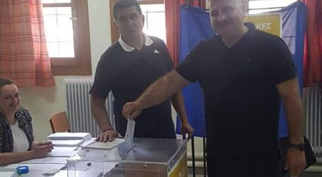 Ψήφισε ο Μιχάλης Μιτζικός [εικόνα]