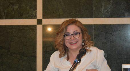 Μαρία Σπυράκη από Λάρισα: Ο λαϊκισμός στέλνει πάντα τον λογαριασμό στον αδύναμο (φωτο)