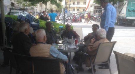 Ακούραστα περιοδεύει στο νομό Λάρισας ο Ρίζος Κομήτσας