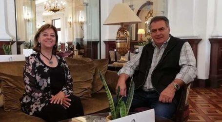 """Μύλος στην Αγιά: Η Αλεξανδρίδου στηρίζει Αγγελάκα, ο Γουντάρας μιλά για """"συναλλαγή"""""""