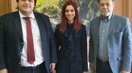 Συνάντηση της Δημοκρατικής Ευθύνης με τον δήμαρχο Φαρσάλων