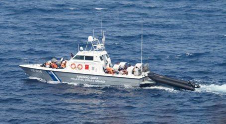Μηχανική βλάβη σε σκάφος στις Βόρειες Σποράδες