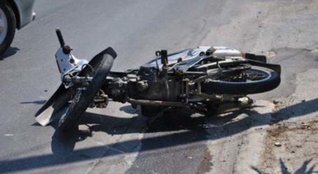 Τροχαίο με μηχανάκι στη Λάρισα – Στο νοσοκομείο ο δικυκλιστής