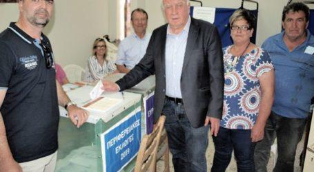Στο Δίλοφο ψήφισε ο Θ. Νασιακόπουλος