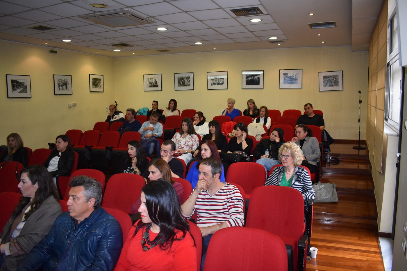 Εκδήλωση για τις νέες τάσεις μόδας πραγματοποιήθηκε στη Λάρισα (φωτο)