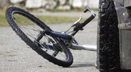 Κοριτσάκι με ποδήλατο παρασύρθηκε από αυτοκίνητο στη Λάρισα