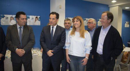 Στο εκλογικό κέντρο της Ν. Καπούλα ο Άδωνις Γεωργιάδης