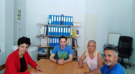 Σε Οινοποιητικό Συνεταιρισμό και Εμπορικό Σύλλογο Τυρνάβου η Μαρία Γαλλιού