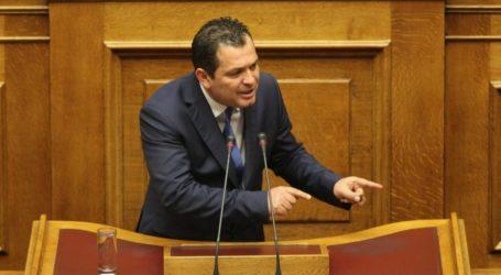Αυστηρή δήλωση Μπουκώρου: Μετασταθμεύουν η κυβέρνηση και ο υπουργός Εθνικής Άμυνας