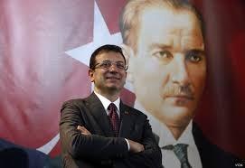 Άνοιξαν οι κάλπες στην Κωνσταντινούπολη