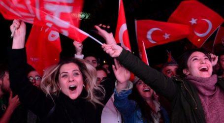 Πρώην συνεργάτες του Ερντογάν συγκροτούν νέο κόμμα