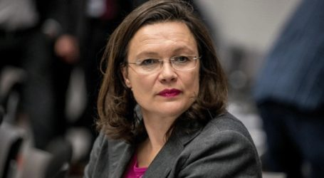 Την παραίτησή της ανακοίνωσε η πρόεδρος των Σοσιαλδημοκρατών, Αντρέα Νάλες