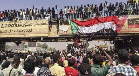 Το κίνημα διαμαρτυρίας διακόπτει κάθε επαφή με τη στρατιωτική ηγεσία