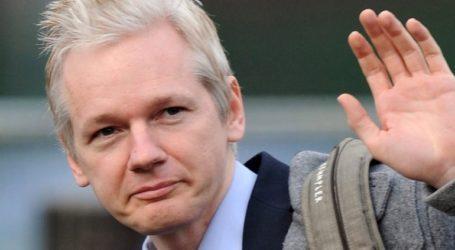 Δικαστήριο απέρριψε αίτημα να τεθεί υπό κράτηση ερήμην ο ιδρυτής του WikiLeaks Τζούλιαν Ασάνζ για βιασμό