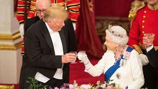 Ο Τραμπ πήγε διαβασμένος ως προς το βασιλικό πρωτόκολλο