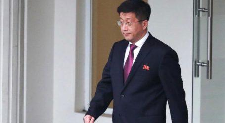 O βορειοκορεάτης αξιωματούχος είναι ζωντανός