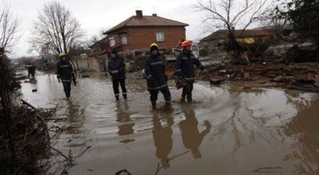 Εκκένωση χωριού εξαιτίας της υπερχείλισης φραγμάτων
