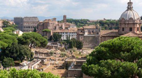 Διάλογο με Βρυξέλλες ζητά η Ρώμη μετά την απειλή κυρώσεων