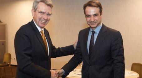 Συνάντηση Μητσοτάκη με τον πρέσβη των ΗΠΑ, Τζέφρι Πάιατ