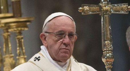 Χρειάστηκαν πολλοί αιώνες για να αλλάξει μια μόνο λέξη από τον Πάπα στο «Πάτερ Ημών»