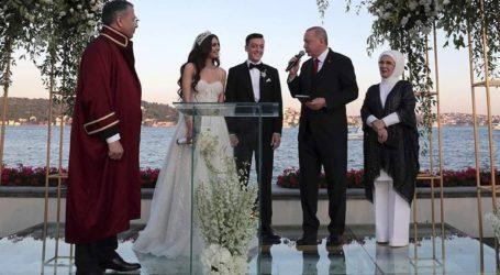 Κουμπάρος στον γάμο του Μεσούτ Οζίλ ο Ερντογάν