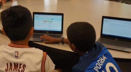 Προσφυγόπουλα έχουν για πρώτη φορά πρόσβαση σε μια ψηφιακή παιδική βιβλιοθήκη