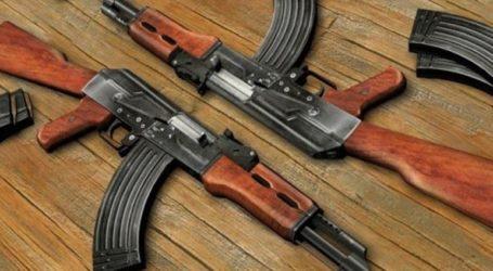 Συνελήφθησαν δύο άτομα για κατοχή όπλων και ναρκωτικών