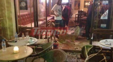 Νύχτα τρόμου στην Πάτρα – Κουκουλοφόροι επιτέθηκαν με καπνογόνα σε κατάστημα εστίασης