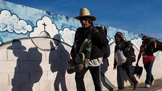 Η συμφωνία με τις ΗΠΑ για την αντιμετώπιση της παράτυπης μετανάστευσης θα ωφελήσει τους διακινητές