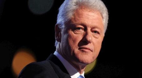 Στο Κόσοβο ο Μπιλ Κλίντον με αφορμή τον εορτασμό των 20 χρόνων από την είσοδο των νατοϊκών δυνάμεων