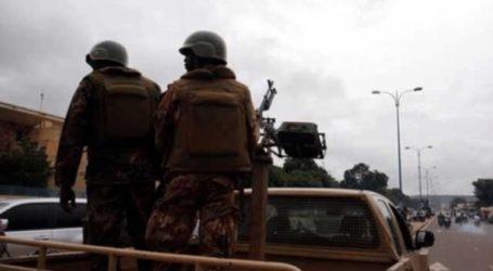 Αναθεωρήθηκε προς τα κάτω ο απολογισμός των νεκρών από επίθεση ενόπλων σε χωριό