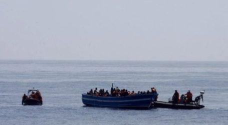Δεκάδες μετανάστες παραμένουν επί 15 ημέρες πάνω σε ένα ρυμουλκό