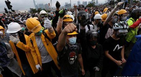 Το Χονγκ Κονγκ ανέστειλε τον αμφιλεγόμενο νόμο που προκάλεσε αναστάτωση στους κατοίκους