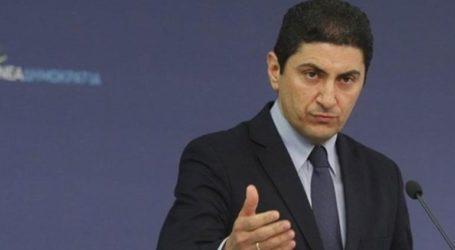 «Ο ΣΥΡΙΖΑ προσπαθεί με fake news να κερδίσει τον χώρο των ταξί»