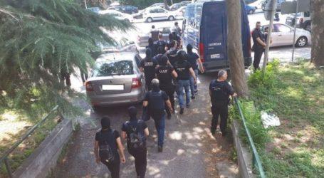Προφυλακιστέοι οι δυο από τους τρεις συλληφθέντες για τη ληστεία στο ΑΧΕΠΑ