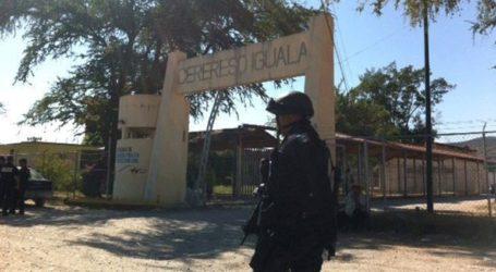 Στρατιωτικοί έθεσαν υπό έλεγχο εξέγερση μεταναστών