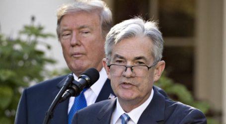 Ο Τραμπ επανέλαβε ότι μπορεί να καθαιρέσει τον πρόεδρο της Fed