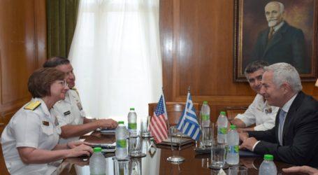 Συνάντηση του Ευ. Αποστολάκη με την Υποδιοικητή του 6ου Στόλου των ΗΠΑ