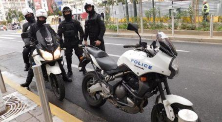Συνελήφθησαν ανήλικοι που έκλεβαν παγκάρια εκκλησιών στην Πλάκα