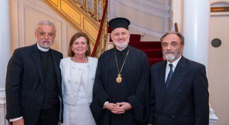 Ο Αλέξανδρος Καρλούτσος, γενικός αρχιερατικός επίτροπος της Αρχιεπισκοπής Αμερικής