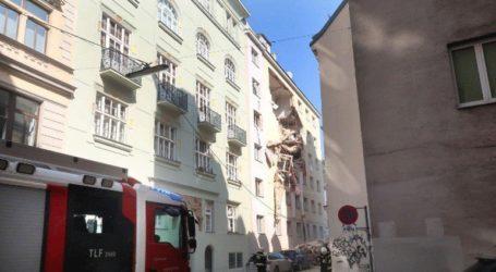 Έκρηξη στη Βιέννη – Κατέρρευσαν όροφοι από δύο κτήρια