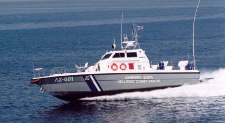 Ακυβέρνητο σκάφος με 45 επιβάτες στη Σκιάθο