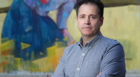 Γιάννης Σακκόπουλος στο TheNewspaper.gr: «Θέλουμε ο κόσμος να αντιδράσει στους υποκριτές και να τους καταδικάσει στην κάλπη»