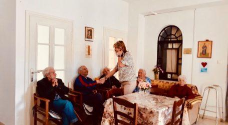 Το Γηροκομείο Καναλίων επισκέφθηκε η Ζέττα Μακρή [εικόνες]