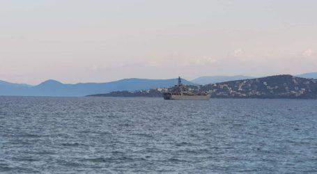 Δύο ελληνικά αρματαγωγά πλοία στο λιμάνι του Βόλου