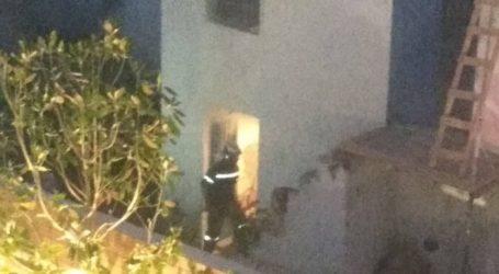 Φωτιά σε κατοικία στο κέντρο της Σκιάθου [εικόνες]