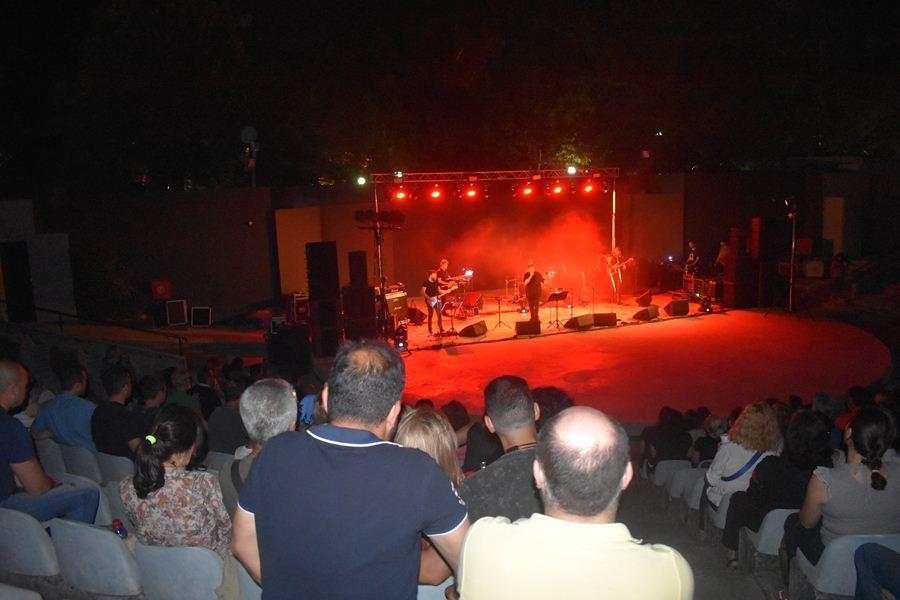 Πάνος Κατσιμίχας και Βασίλης Καζούλης ταξίδεψαν μουσικά τους Λαρισαίους στο Κηποθέατρο (φωτο - βίντεο)