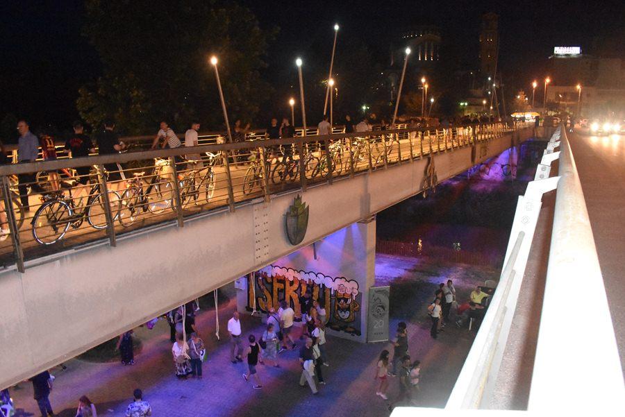 Γεμίζει ασφυκτικά το ποτάμι για το Φεστιβάλ Πηνειού - Ξεκίνησαν οι πρώτες συναυλίες (φωτο - βίντεο)