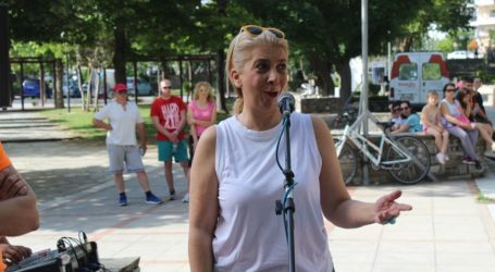 Πλήθος Λαρισαίων «Περπάτησε για τον καρκίνο» στον Πηνειό το πρωί της Κυριακής (φωτο)